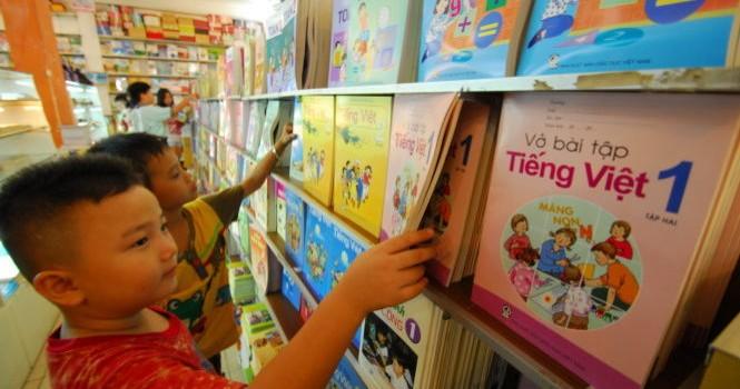 Cảnh báo sách in lậu mạo danh Nhà xuất bản Giáo dục